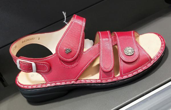 sandales confort cuir rouge